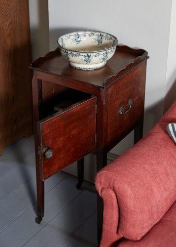 HL4885 – Bedside Table-0006