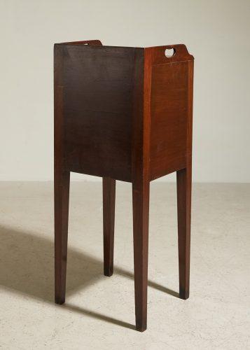 HL4875 – George III Mahogany Pot Cupboard-0008