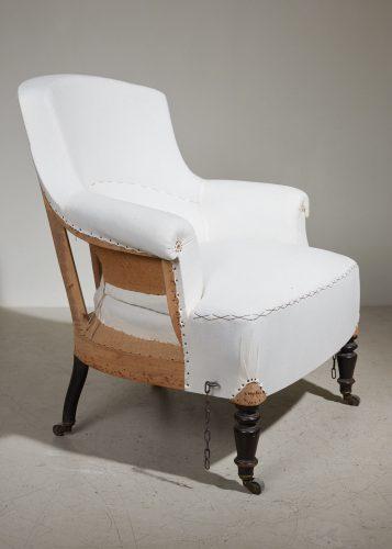 HL5000 – Armchair and Ottoman-0023