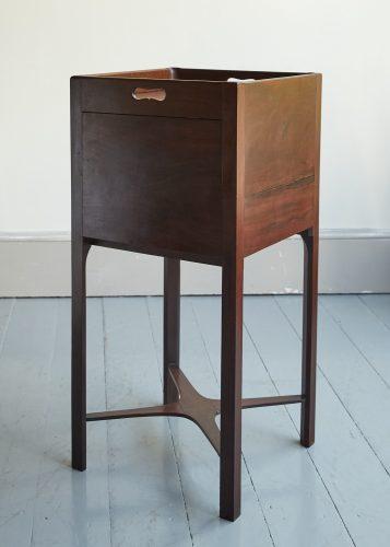 HL5216 – Bedside Cabinet-0015
