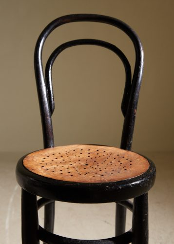 HL5251 – Thonet Style Chair-0009