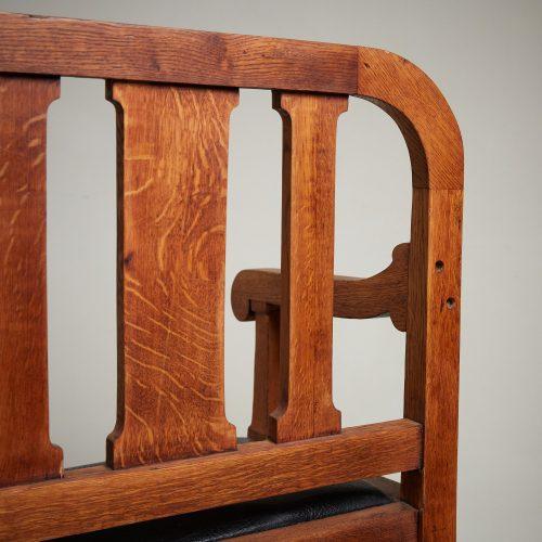 HL5018 – Oak Hall Bench-0020