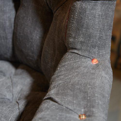 Hl4998 – Rose Wood Leg Armchair-0006