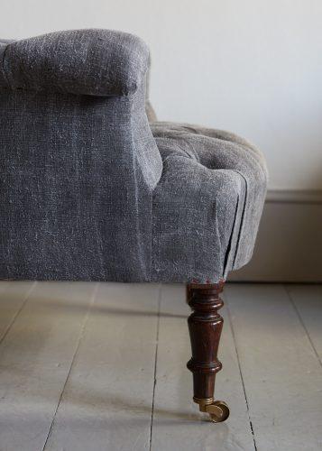 Hl4998 – Rose Wood Leg Armchair-0028