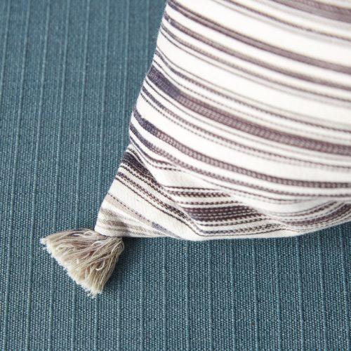 HB900413 – Ticking Pillow Stripe-0003