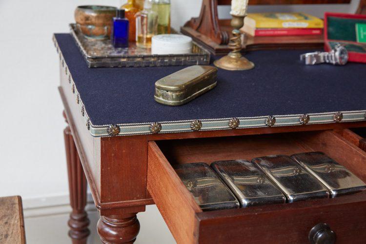 HL4907 – Mens Dressing Table-0004