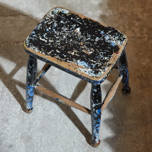 HL5389 – Pair of Painted Stools-0005
