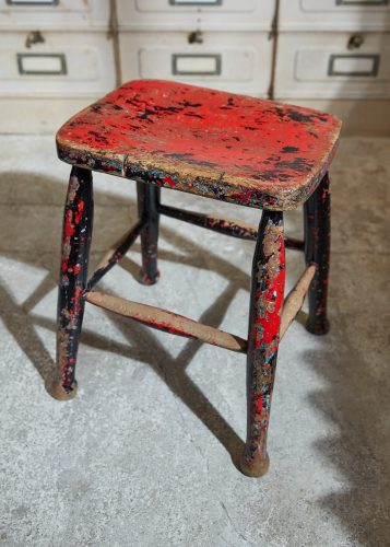 HL5389 – Pair of Painted Stools-0007