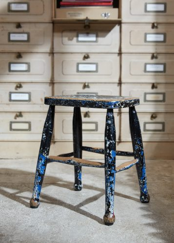 HL5389 – Pair of Painted Stools-0013