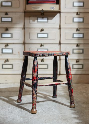 HL5389 – Pair of Painted Stools-0014